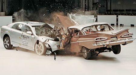 Vai vecas mašīnas ir drošākas par jaunām?