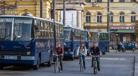Ungāru auto dzīves skices – autoparks, mašīnbūve un ceļi
