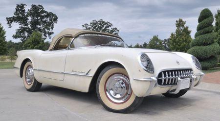 Viena Chevrolet Corvette vēsture: konservācija vairāk nekā uz 60 gadiem