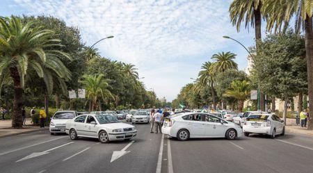 Priekš kam Spānijā streiko taksisti?
