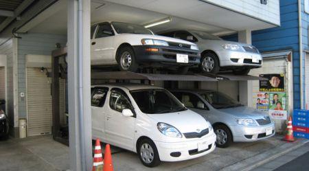 Latvija un Japāna: kur grūtāk klājas auto īpašniekam