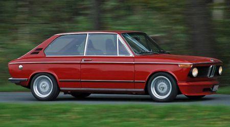 1970. gadu BMW hečbeks − 45 gadu jubilējs