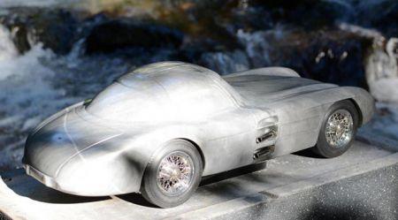 Automobiļi no marmora