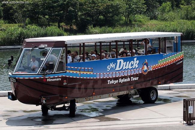 Autobuss-amfibija Tokio