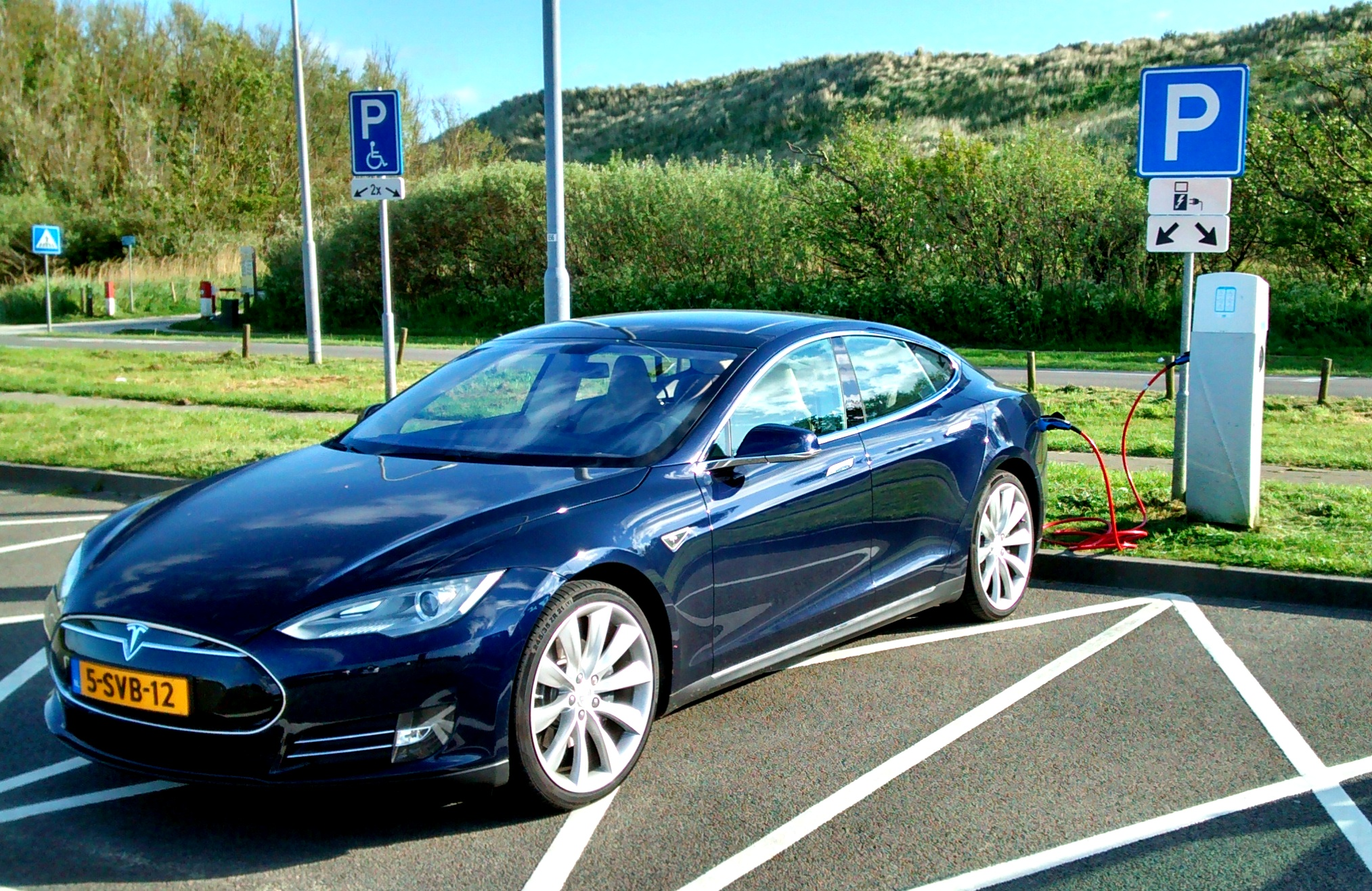 tesla-model-s-norway-7