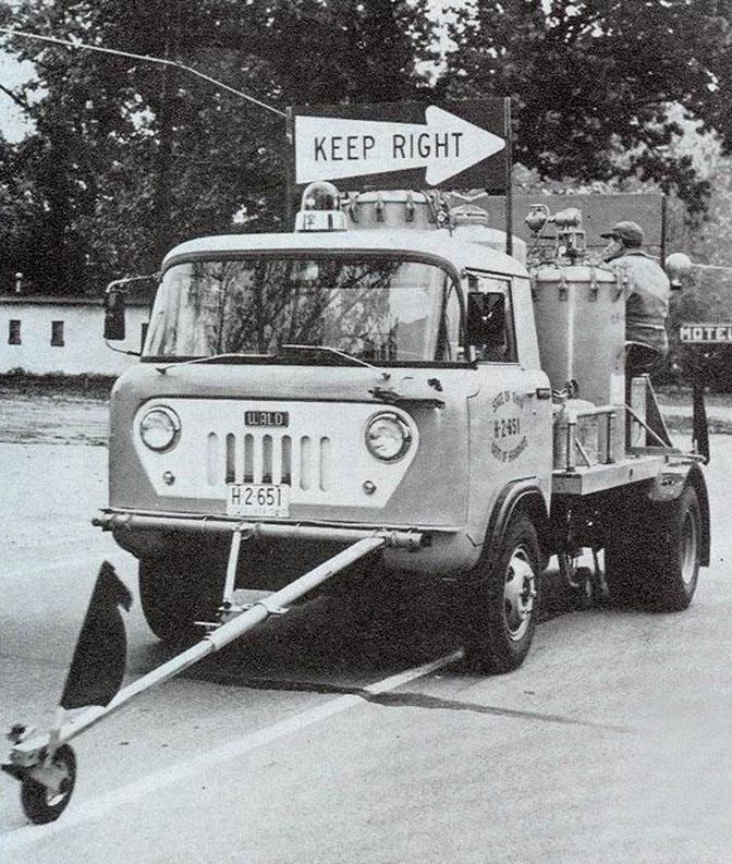 14-12_Jeep_bus_1945_08