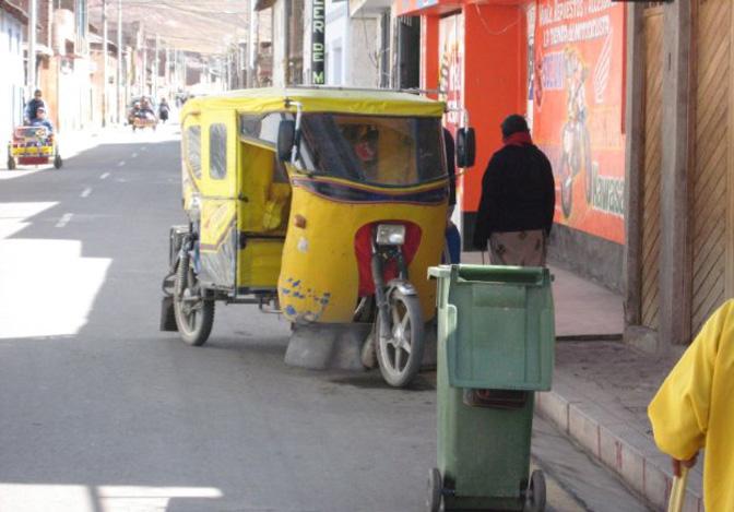 1502_mototaxi_Peru