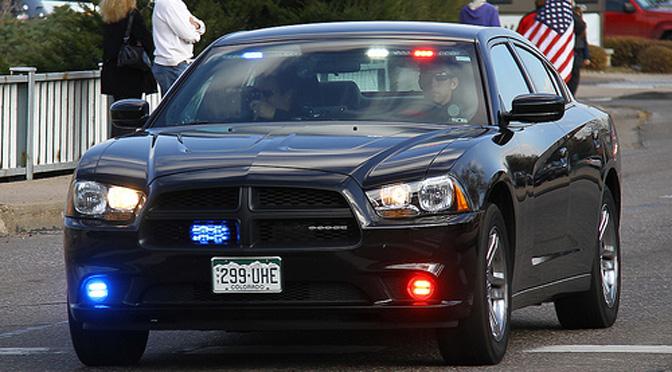 1502_us_hide_police_04