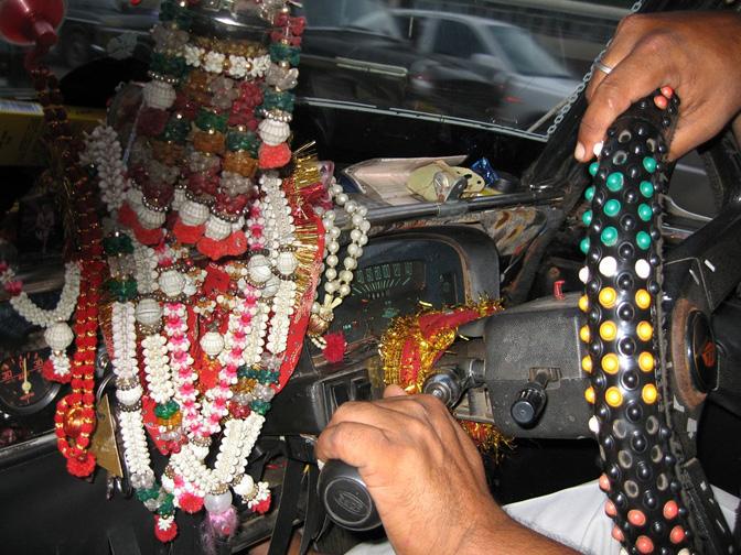 1503_India_taxi (1)