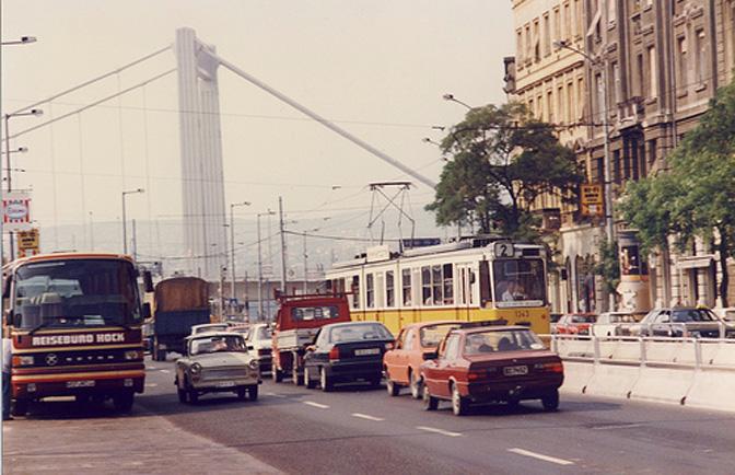 1504_Hungary_Budapest_1992