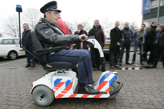 1505_Holland_Canta_kreslo-cop