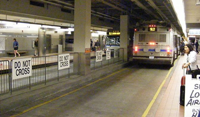 1507_underground_trolleybus_usa_3