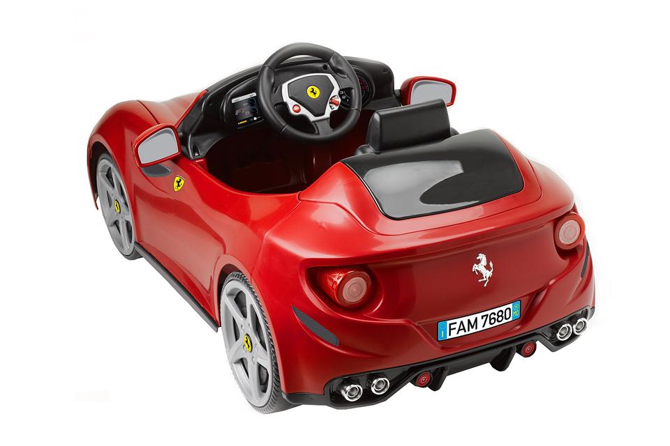 1602_bernu_auto_Ferrari 2