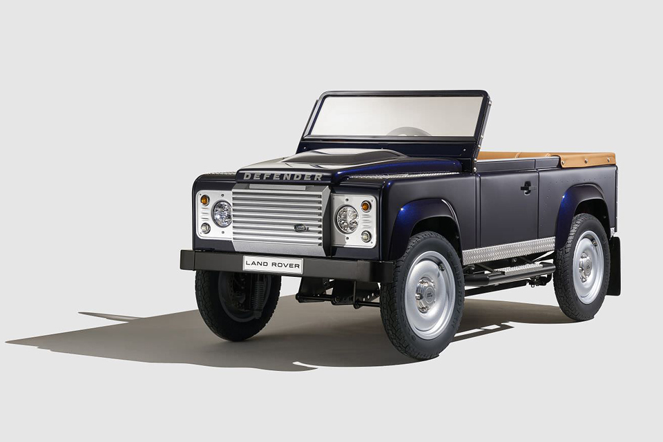 1602_bernu_auto_Land Rover 1