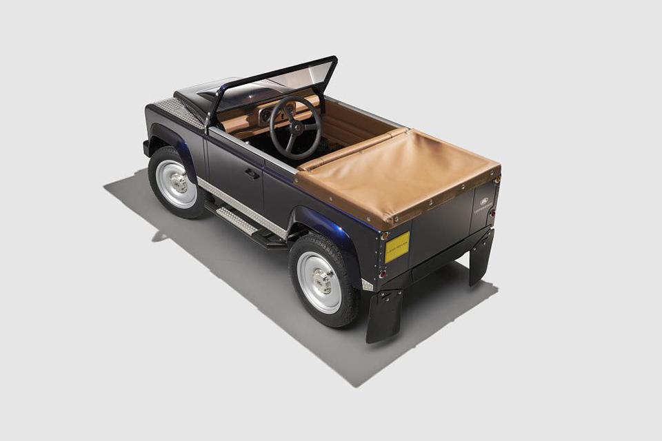 1602_bernu_auto_Land Rover 2