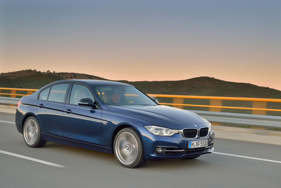1603_classes-08_bmw-3-series