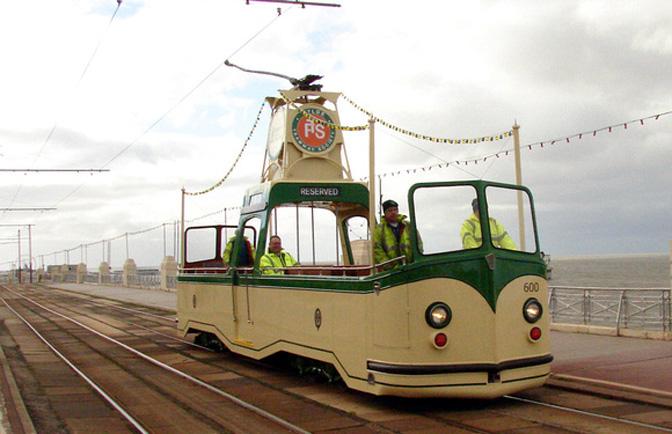 blackpool tram 2f2