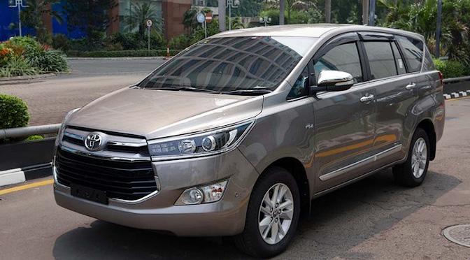 Toyota Kijang Innova 2